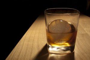 Whisky ice ball