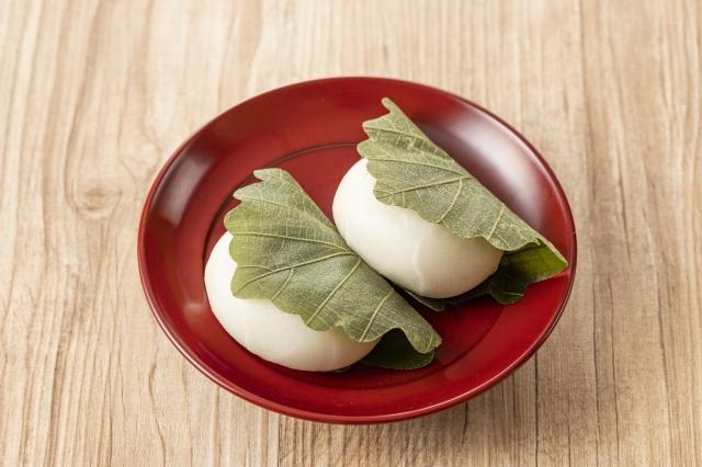Kashiwa mochi pour fête des enfants et koinobori