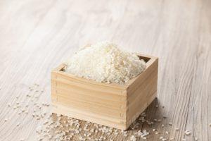 riz japonais dans un verre masu